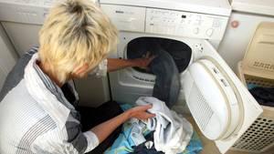 Bei Wäschetrocknern sollte man auch die Folgekosten durch den Stromverbrauch bedenken