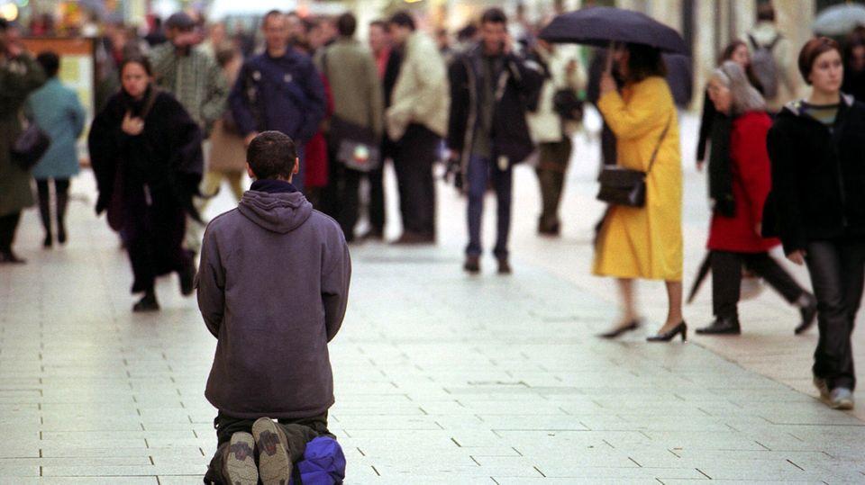 Genaue Zahlen gibt es zur Obdachlosigkeit in Deutschland nicht. Schätzungen gehen von rund 280.000 Menschen aus.