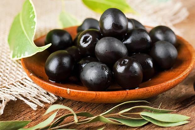 stiftung warentest pr ft oliven nat rlich gereift oder geschw rzt was ist besser. Black Bedroom Furniture Sets. Home Design Ideas