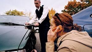 Mit der richtigen Kfz-Versicherung kann man mehrere hundert Euro im Jahr sparen.