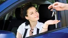 Bei der Probefahrt auf Nummer sicher gehen: Nur in zugelassenen Fahrzeugen fahren