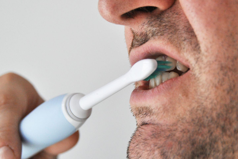Elektrische Zahnbürsten sind zu empfehlen - aber nicht alle