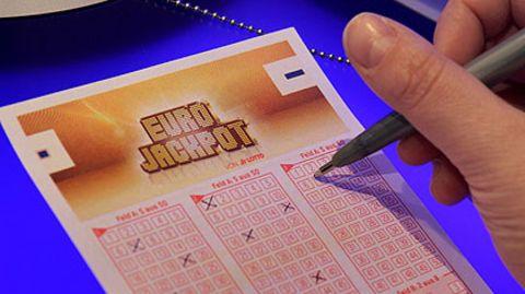 """Neue Lotterie startet Tippscheinverkauf: """"Eurojackpot"""" lockt mit hohen Millionengewinnen"""