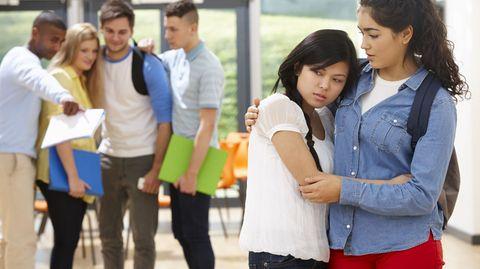 Mobbing-Opfer: Oft sind es die Ruhigeren und die Schüchternen, die von Klassenkameraden angegangen werden