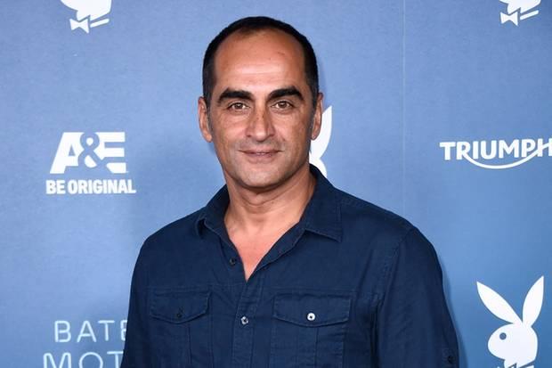 Tatort Homeland Star Navid Negahban Spielt Im Sonntagskrimi Sternde