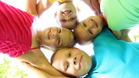 stern-Kolumne Dobelli: Freunde: Wie groß ist Ihr Vorrat an Freunden?