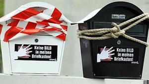 """""""Bild""""-Zeitung umsonst und für alle - die Massenaktion des Axel Springer Verlags stößt auf Protest"""