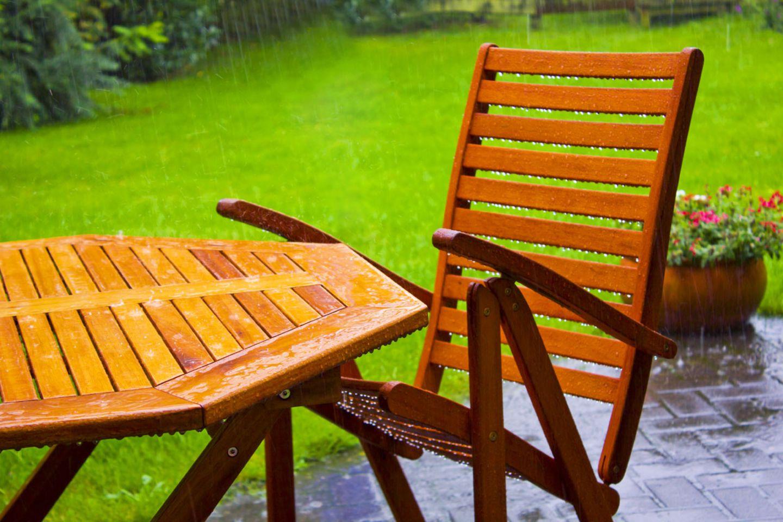 Die Wette des Möbelhauses sollte nicht nur für Gartenmöbel gelten