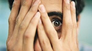 Kein anderes Kommunikationsmittel eignet sich so gut zum Aufbau und Abchecken sozialer Kontakte wie ein direkter Blick in die Augen