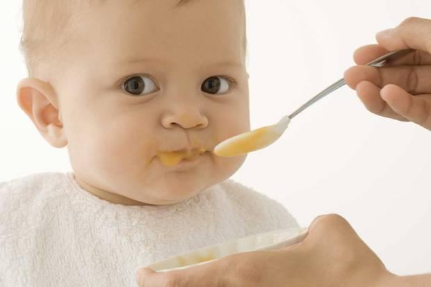 Zu viel Zucker und Salz, zu wenig Vollkorn: Babynahrung ist oft ungesund.