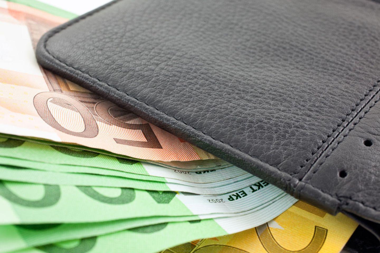 Die Deutschen sparen mehr als andere, nutzen aber wenig lukrative Anlagen