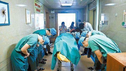 Die bewegende Geschichte von Liang Yaoyi: Ärzte verneigen sich vor totem Elfjährigen