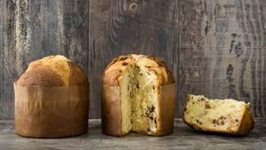 Der Panettone sah nicht immer so aus wie heute. Früher war der lockere Weihnachtskuchen eher flach, wie ein Brot. Mit der Zeit wurde er höher, was unter anderem daran liegt, dass er in einer Papiermanschette gebacken wird.