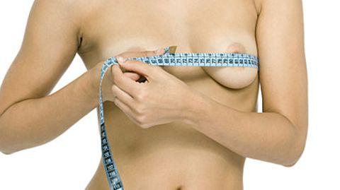Bei Frauen ist die Brustvergrößerung die gefragteste Schönheitsoperation