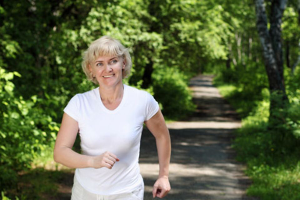 When exercising, patients notice that they can do things on their own.  After eight weeks of running, symptoms often improve more than after many sessions