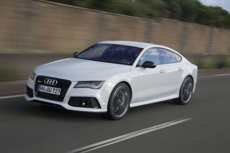 Der Audi RS 7 Sportback ist bei 250 km/h abgeregelt. Eine Freischaltung kostet einen Aufpreis.