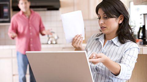 Zehn Prozent aller Erwachsenen stecken in ernsten finanziellen Schwierigkeiten - manchmal hilft nur die Privatinsolvenz