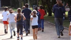 Nicht nur körperliche, sondern auch soziale Faktoren haben dazu geführt, dass Kinder heute weniger fit sind, als noch vor 30 Jahren