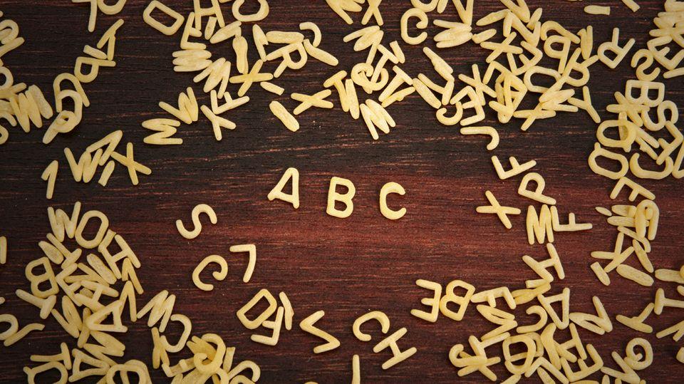stern-Kolumne Dobelli: Wörter: Warum ist es so kompliziert, sich einfach auszudrücken?