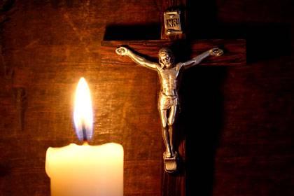 """Für das Sonnenlicht muss niemand zahlen - egal ob Christ, Moslem oder Buddhist. Für das """"Ewige Licht"""" von Näfels in der Schweiz muss die Kirche ab sofort selbst aufkommen oder sich einen neuen Spender suchen."""