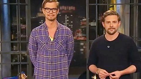 """Es war auch der Erfolg von """"Ahnungslos"""", der Joko und Klaas den Weg zum öffentlich-rechtlichen Fernsehen bereitet hat. Von 2011 bis 2013 moderierten die beiden auf ZDFneo die Sendung """"neoParadise"""", so etwas wie der inoffizielle Nachfolger von """"MTV Home""""."""
