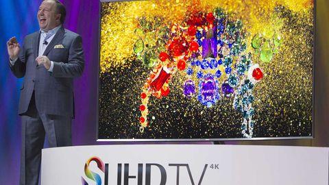 Die neuen Samsung-Fernseher lauschen im Wohnzimmer mit. Allerdings kann die Sprachsteuerung auch direkt deaktiviert werden.