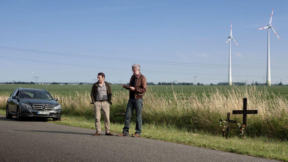 Die Kommissare Ritter und Stark ermitteln einen fünf Jahre zurückliegenden Unfall auf einer Landstraße bei Berlin.