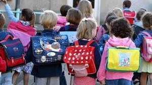 In diesem Jahr strömten wieder mehr Kinder am ersten Schultag in die Grundschulen
