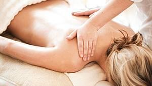 Eine Massage entspannt - und beschleunigt den Heilungsprozess der Muskelfasern, wie ein Studie zeigt