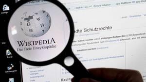 Bryan Henderson verbringt Woche für Woche damit, auf Wikipedia ein und denselben Rechtschreibfehler zu korrigieren