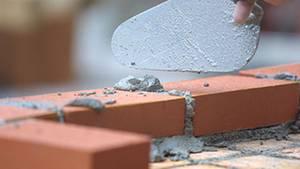 Einfache Handwerker-Regel: Beim Zumauern von Räumen sollte man von außen arbeiten