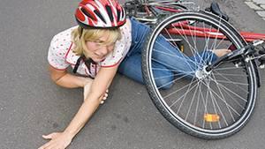 Ein Unfall im Urlaub kann die Ferien schnell vermiesen - und teuer werden, wenn kein ausreichender Krankenschutz besteht