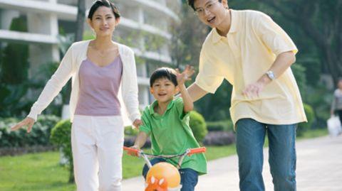 Vater, Mutter und bitte nur ein Kind: So sieht die ideale chinesische Familie aus - zumindest, wenn es nach der Staatsführung geht