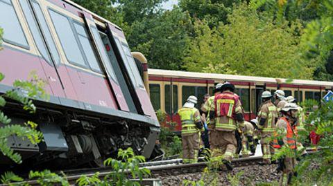 Berlin: S-Bahn entgleist - mehrere Verletzte