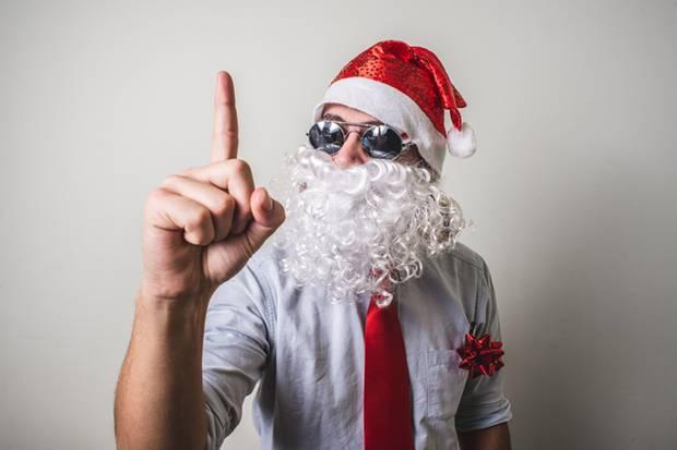 """""""Pute ist wohl Fleisch"""" - wenn Stadtmenschen Weihnachten auf dem Land feiern, kann der gefühlte kulturelle Graben mitunter nur schwer überwunden werden. Zum Glück kann man sich wunderbar über Klischees lustig machen."""