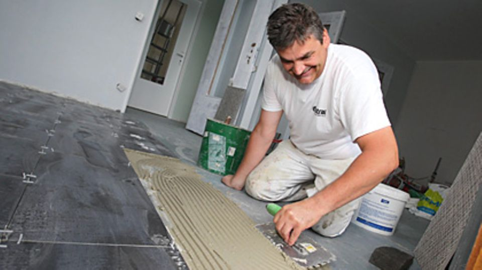 Handwerker-Boni ausschöpfen: 20 Prozent des Arbeitslohns von bis zu 6000 Euro dürfen abgesetzt werden