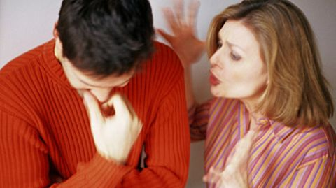 Verschiedene Methoden können dabei helfen, dass sich Streitgespräche nicht ständig wiederholen