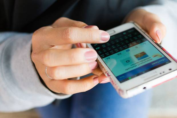Wer über kostenlose, öffentlichen Wlan-Netzwerke ins Internet geht, kann leicht ausspioniert werden.