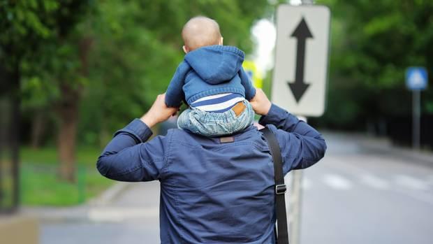 Rückenwind aus Karsruhe: Väter bekommen mehr Rechte in Sorgerechtsfragen
