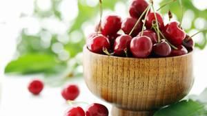 Pur schmecken sie natürlich auch. Doch mit Kirschen lassen sich viele leckere Gerichte zubereiten, nicht nur süße.