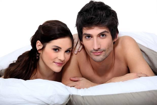 Landen Mann und Frau zwangsläufig im Bett? Nicht, wenn sie ein paar Regeln beachten.