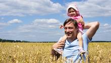 Mehr Rechte fur unverheiratete Väter kündigt die schwarz-gelbe Koalition an