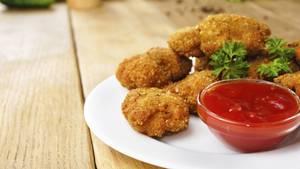 Die Chicken Nuggets stammen aus artgerechter Haltung und sind bio. Falsch! Eigentlich kommen sie aus der Küche von McDonald's. Hätten Sie es gemerkt?