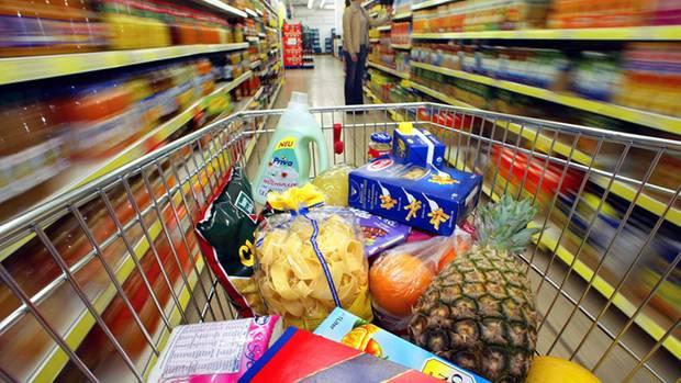 Noch mal schnell in den Supermarkt? Nach Feierabend nervt einkaufen ungemein - wie praktisch, dass es inzwischen clevere Bestellmöglichkeiten gibt.