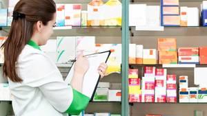 """Der Arzneimittelverordnungsreport 2014 kritisiert die Preispolitik der Arzneimittelindustrie als """"überzogen""""."""