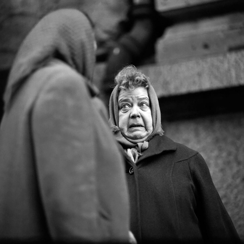 Gespräch unter Frauen: Berlin, Alexanderplatz, 1959