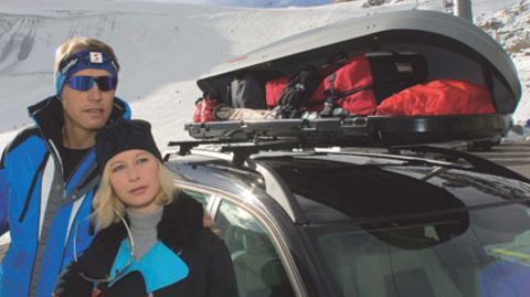 Im Skiurlaub sind Dachboxen besonders beliebt