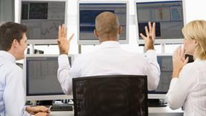 Streit, Mobbing, Büroklatsch: Kollegen können den Jobfrust enorm erhöhen
