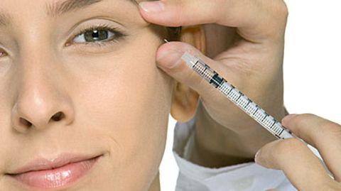 Botox - eine Spritze, die unter die Haut geht? Neue Untersuchungen legen das nahe