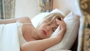 Was wir nachts erleben, sagt einiges über unser Seelenleben aus, sagt der Psychologe Michael Schredl.